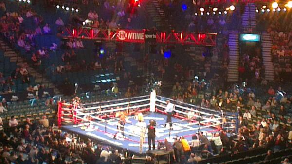 Mayweather tested by Maidana in a 12 round battle in Vegas